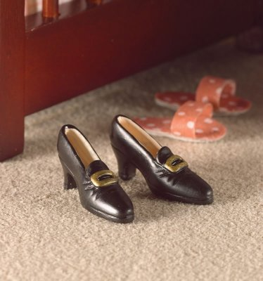 shoes dollshouse