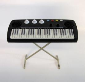 Keyboard, synth