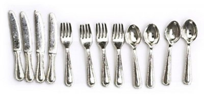 Cutlery set of 12