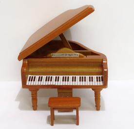 Piano dollshouse