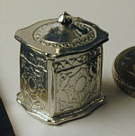 Phoenix, 1:12 tea caddy