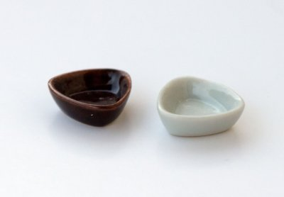 triangular_bowl